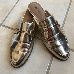 Gold Restricted backless loafers